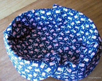 Basket Liners, Bread Cloth, Table Topper, Centerpiece, Patriotic, July 4th, Small US Flags and Tiny Stars on Navy, Handmade Table linens