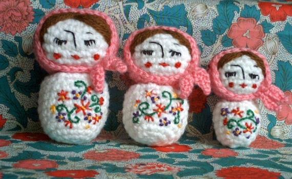Amigurumi Little Russian dolls crochet pattern in pdf