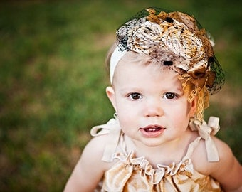 Decades 1940s The Vivien Headband Veil Golden Honey Silk
