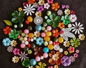 MISTO... mixed vintage colored flowers and Lucite beads(120 pcs.) 4