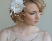 Single feather flower hair comb with sparkle center - Style 018 - Made to Order
