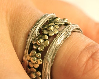 Delicate 925 Sterling Silver Daisy and Branch Stack Ring Set