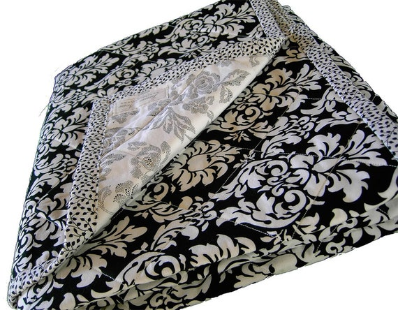 black and white quilted throw blanket. Black Bedroom Furniture Sets. Home Design Ideas