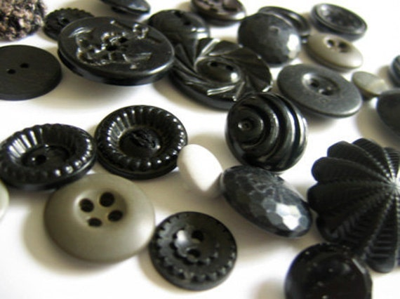 Vintage Buttons in Black - 28 pieces