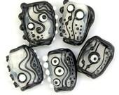 Black or White - Handmade Lampwork Glass Bead Set (5) OOAK SRA