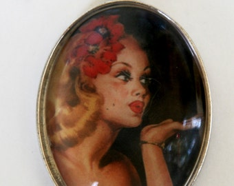 Pinup necklace hipster blowing Kiss retro rockabilly sexy LARGE 40x30mm glass domed pendant