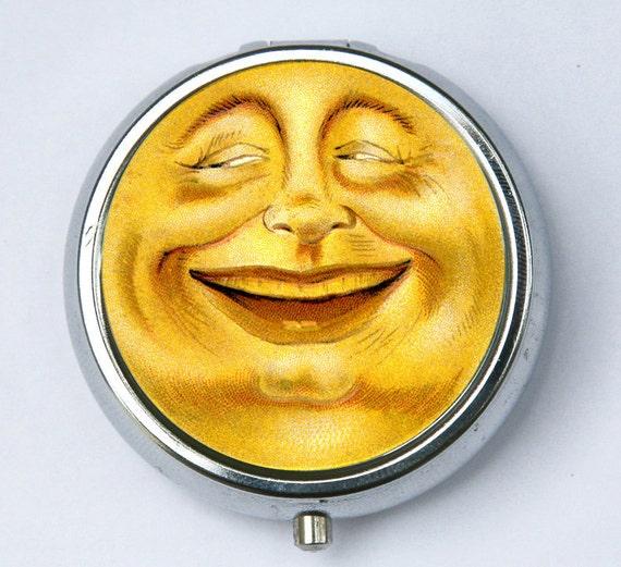 Laughing Smiling Full Moon PILL CASE pillbox pill holder retro hipster