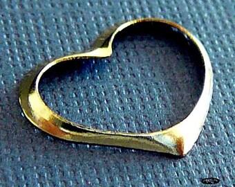 4 pcs 14K Gold  Filled Floating Heart  19mm x 12mm F327GF