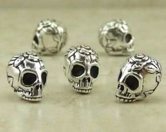 5 TierraCast Flower Rose Skull Beads > Gothic Halloween Gothic Day of the Dead - Lead Free Silver plated Pewter- I ship internationally 5685