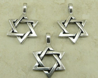 3 TierraCast Star of David Pendant Charms * Jewish Passover Hanukkah Chanukah Fine Silver Plated Lead Free pewter Ship Internationally 2227