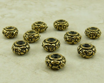 10 TierraCast Meadow Flower Floral Spacer Beads > TierraCast  22kt Gold Plated LEAD FREE Pewter - 5647