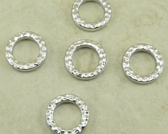 5 TierraCast Small Hammertone Hammered Bead Link Rings > Rhodium plated Lead Free Pewter - I ship Internationally 3085