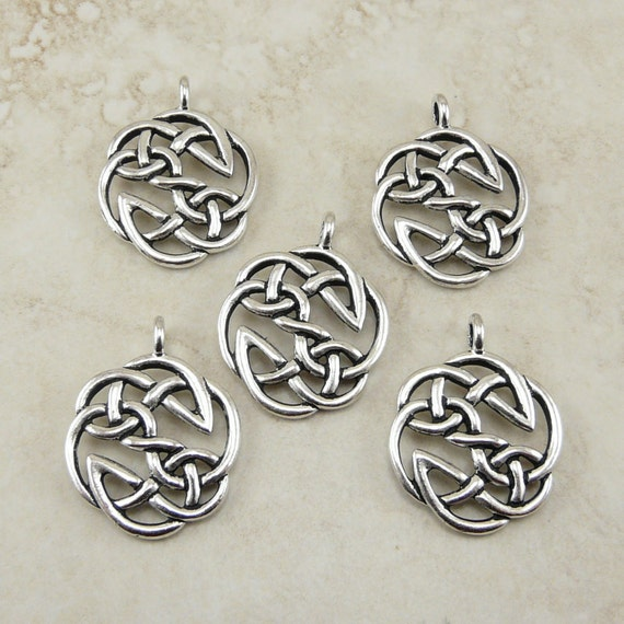 5 TierraCast Open Knot Celtic Pendant Charms > Irish Round Circle Knotwork - Lead Free Silver Plated Pewter - I ship internationally 7508