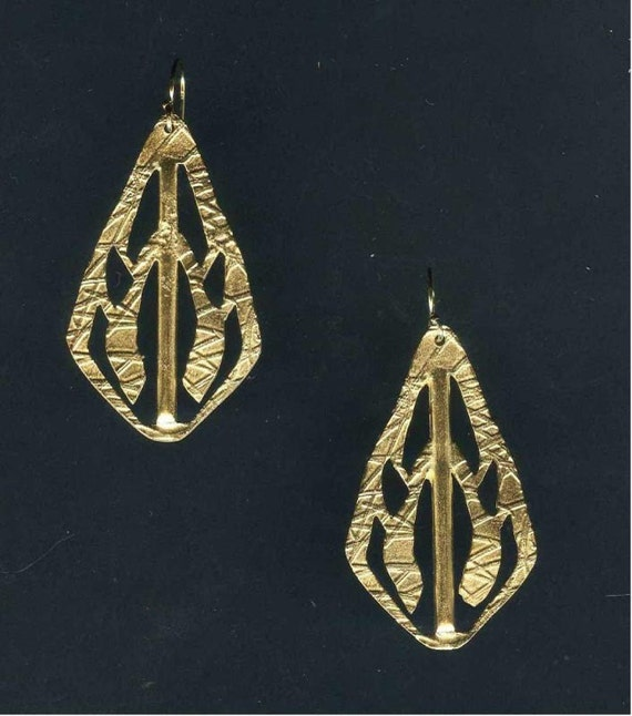 Gold Key Cutout Earrings