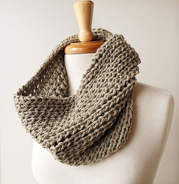 Eco Friendly Infinity Scarf. Women Men Fashion. Organic Cotton Chunky Knit Neckwarmer Cowl