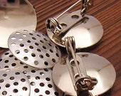 4sets Silver-plated Pin Back 19mm round with 17mm perforated disc - last pkt