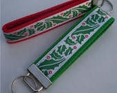 Wristlet Keychain - Holly Leaves