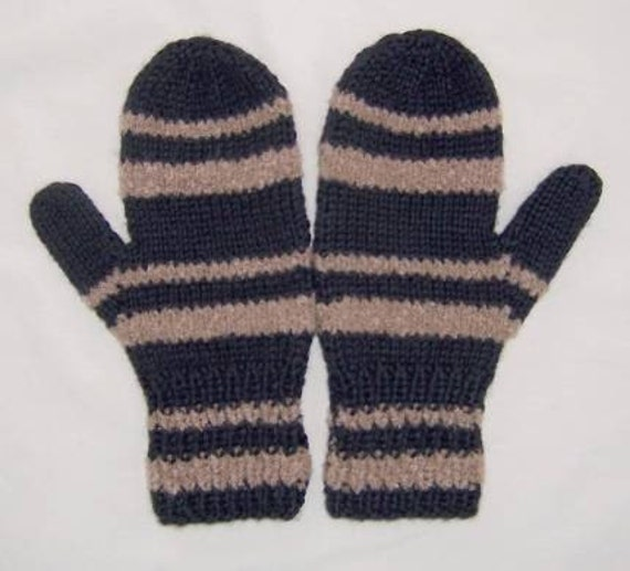 Knit Mittens Black and  Tan  Ladies Size Small gloves   832