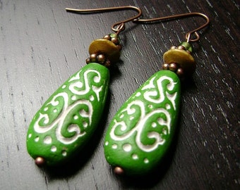 CLEARANCE !!! Mehndi Dangle Earrings -- Green/Camel