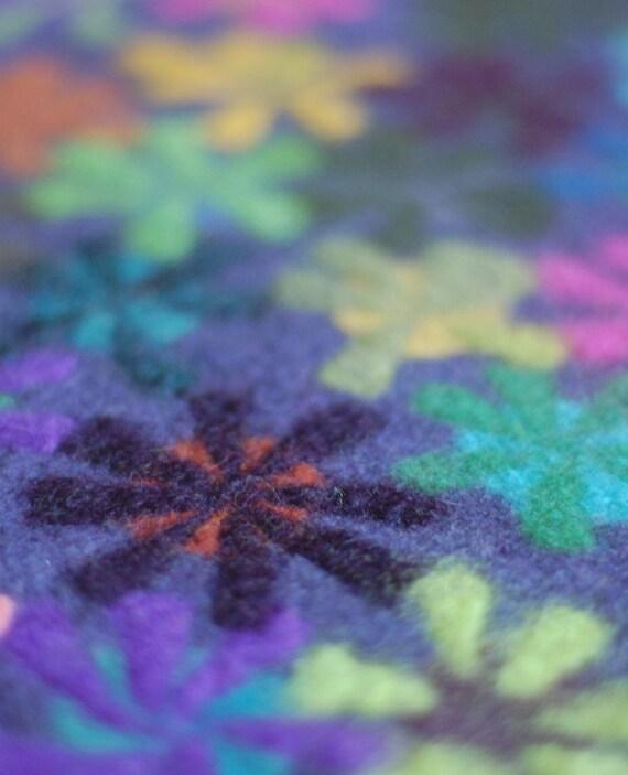 dusty purple pinwheel table mat