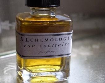 Eau Contraire Natural Perfume