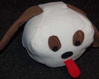 Beagle themed dog head squeaky toy with crinkle crackle sound ears