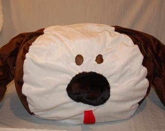 Beagle themed dog head large dog bed