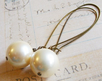 Large Pearl Earrings, faux pearl dangle earrings, off white pearl, earring for bride, affordable jewelry, long dangle earrings