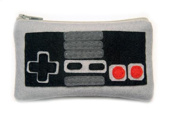 Nintendo Controller Zippered Felt Pouch - Geeky Nes 80s Video Game Coin Wallet