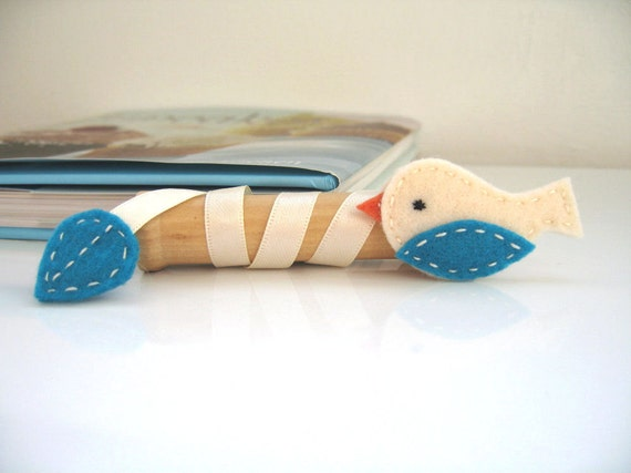 RESERVED for Mary - Where I Left Off - Felt Birdie Bookmark - Turquoise