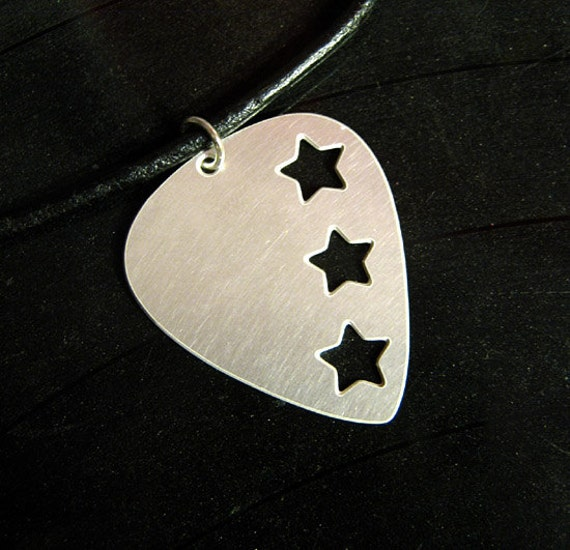 triple star metal guitar pick necklace, steel on leather cord