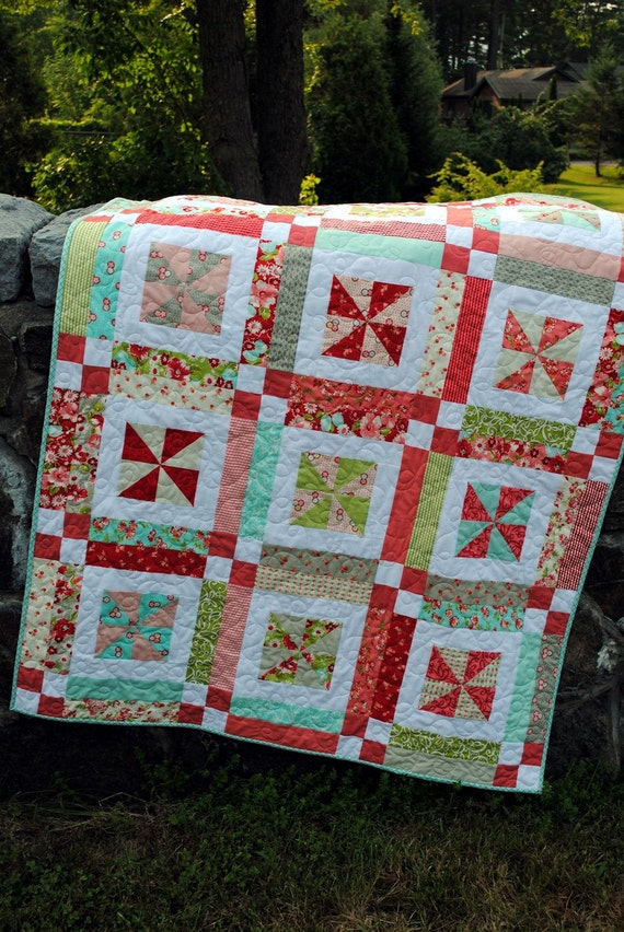 PDF QUILT PATTERN, Baby or Lap Quilt .... Easy...one Layer cake or Fat Quarters, Lemonade Lollipop
