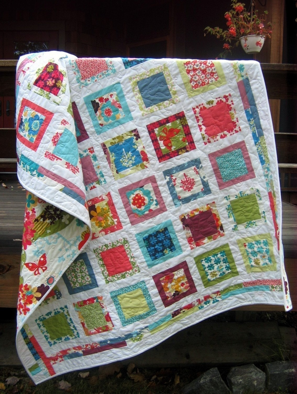 Around the Block QUILT PATTERN.... Easy...one layer cake PDF