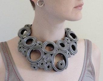 Silver Circles Zipper Necklace