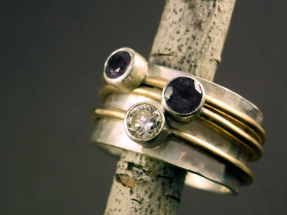 Spinning Faceted Gemstone Mother's Ring for catriona3595