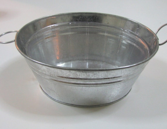 Mini galvanized buckets with clear liners by ayeletnaturals for Galvanized metal buckets small