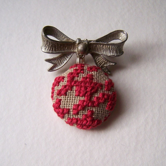 Houndstooth Silver Bow Pin in Cranberry and Brown Emroidered Cross Stitched