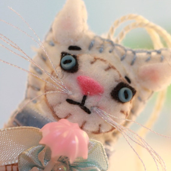Calendar Kitties - April Shower Quilty Kitty Cat - Quilty Critter - Meow, Calico, Umbrella, Love Token