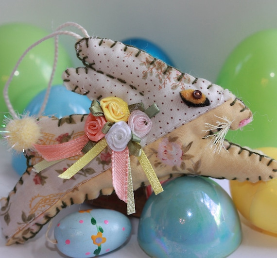Leaping Sunny Yellow Spring Flower Sunny Bunny - Rabbit Quilty Critter