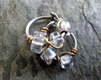18g beaded vine single-- custom niobium hoop earring or nose ring-- primitive series-- handmade by thebeadedlily