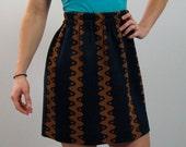 vertical faunagram skirt size small
