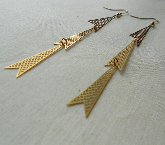 Brass triangle earrings.  Geometric pop art, art deco design.  Raw brass mesh trangle.  Modern.