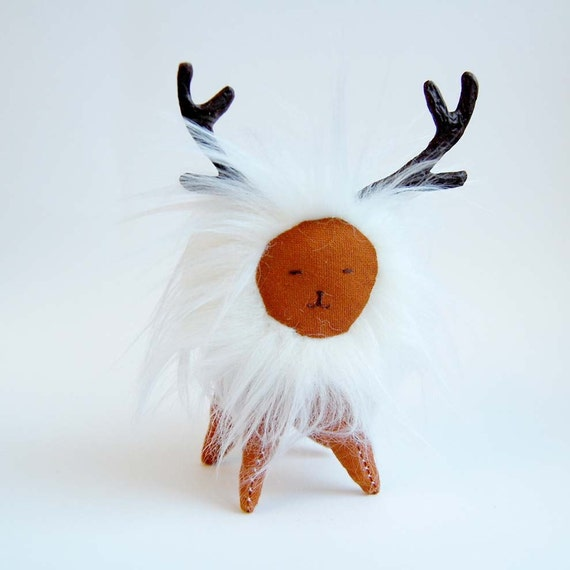 Miniature FERN ANIMAL plush art toy with antlers