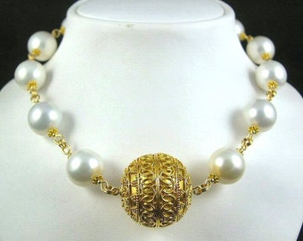 Persephone - Vermeil and Shell Pearl Necklace