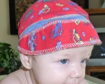Infant Boy Jax Hat in red with cars and taxis
