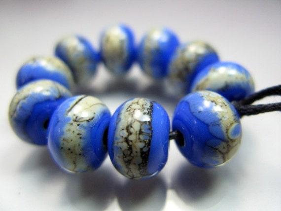 Handmade Lampwork  Beads by GlassBeadArt ...  Periwinkle Silvered Ivory  ... SRA F12 ...9x11mm
