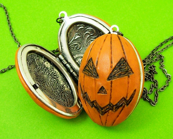 Jack-o-Lantern Locket with pumpkin guts inside