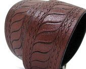 RESERVED For Lorri - Dark Chocolate Brown Leather Dog Collar with Etching, Size M, to fit a 15-18in Neck, EcoFriendly, OOAK