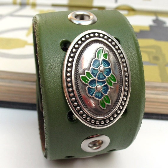 EcoCuff - Silver Flower Oval on Olive Green Reclaimed Leather - OOAK