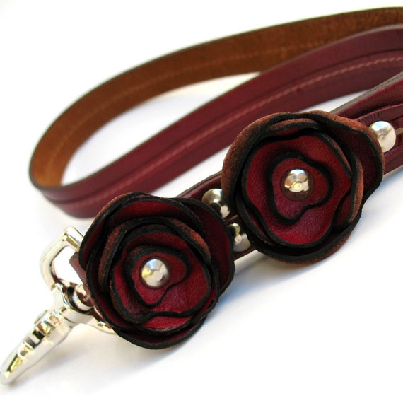 Leather Traffic Lead/Leash with Handmade Leather Flowers, Full Grain Leather, Short Leash, Large Dog, Eco Friendy, OOAK
